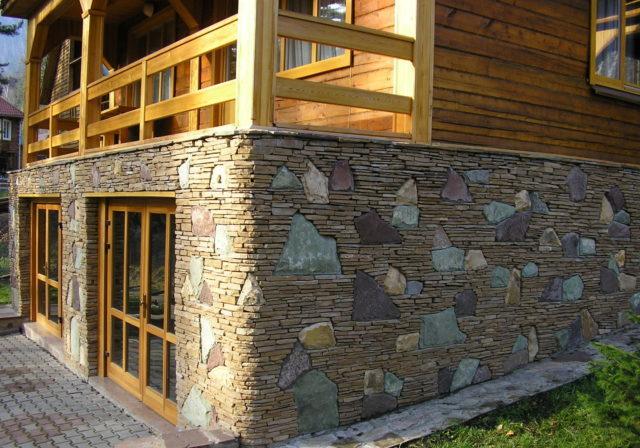 Ширина зазоров определяется с учетом размеров мраморных или гранитных плит, а также плотности натурального камня