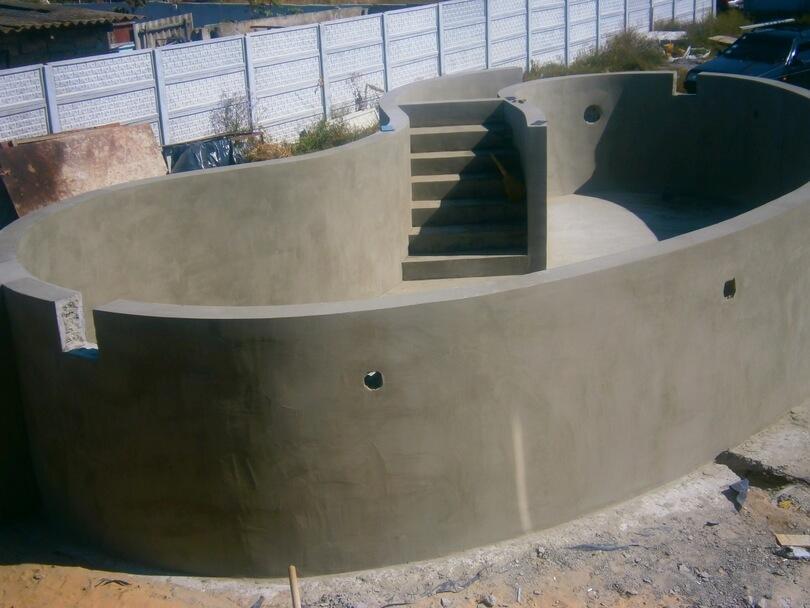 Собственный Бассейн из бетона  на участке